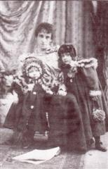 Amelia, Lucy & Hilda Thoroughgood c.1899